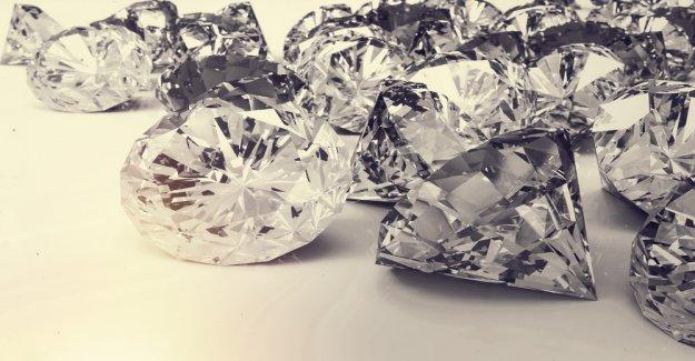 Blood diamonds adé: diamond producers want to save supply chain Blockchain