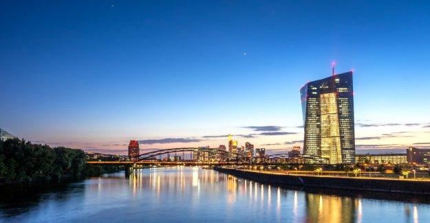 Centralization: banks consider digital Fiat currencies