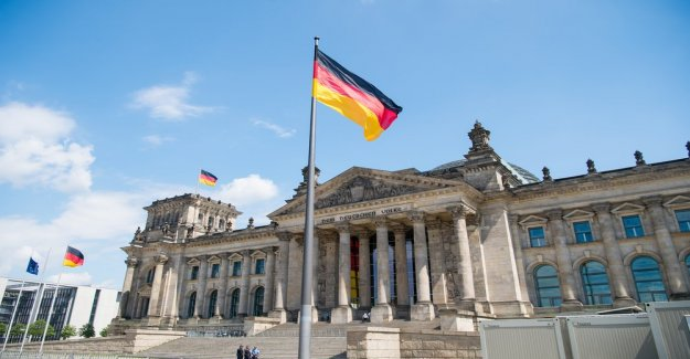 The regulatory-ECHO KW48: Blockchain in the Bundestag