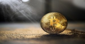 Bitcoin Mining, As the incentive structure in the network, the rate determined