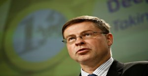 EU Commissioner Dombrovskis calls for a clear legislation for crypto-currencies