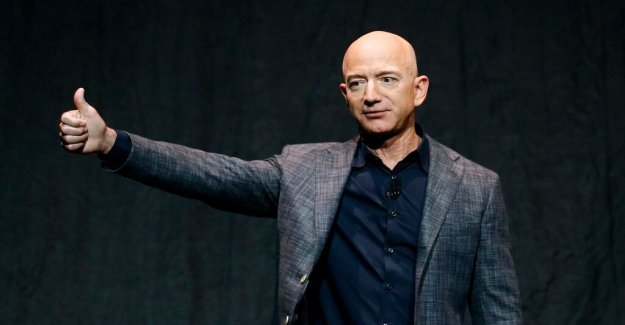 Jeff Bezos will give a 100 million to the fight against climate change