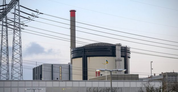 The nuclear power plant's reactors will have to be retained for at least ten years