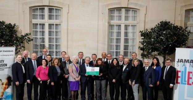 BNP Paribas agrees to finance #JamaisSansElles