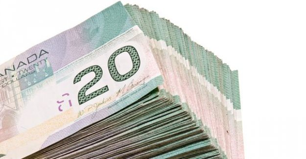 Immigrate to Canada : the fees have increased