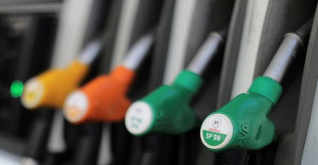 Soaring oil prices : the price at the pump will rise quite rapidly in France