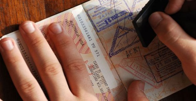 The authorization to leave the territory becomes mandatory for all minors
