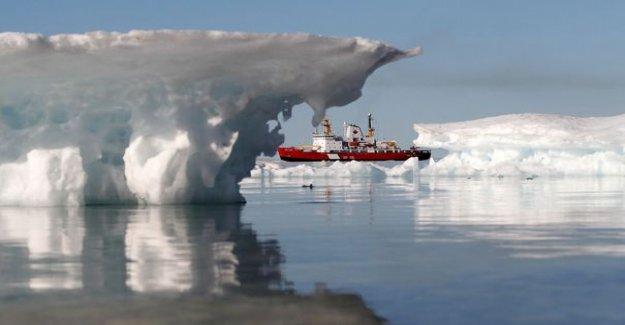 The land of the Inuit dream-in-eldorado-white