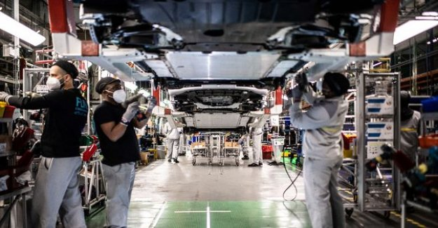 The savings plan of Renault provides 5000 job cuts in France