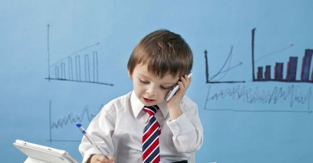 Your minor child sign a contract, can it be cancelled ?