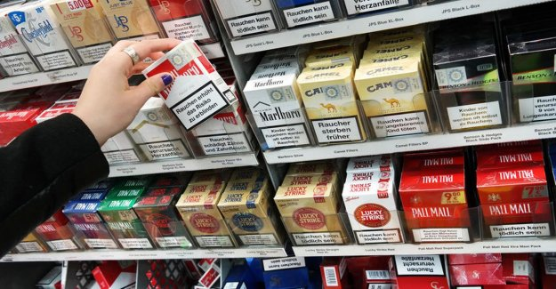 Cigarettes on Wednesday, the real out-of-sight in the grocery stores