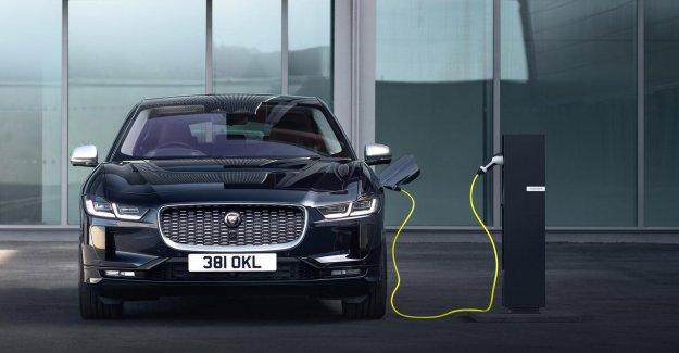 Electric Jaguar (I-Pace) is upgraded with a different grille, and paint colors