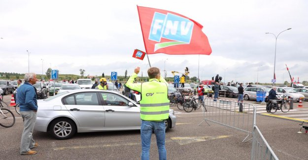 Trade unions pursue strikes, Tata Steel, due to the lack of commitments