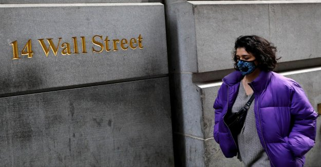 Wall Street cuts bonuses in 2020, it is expected to fall to 20 per cent'