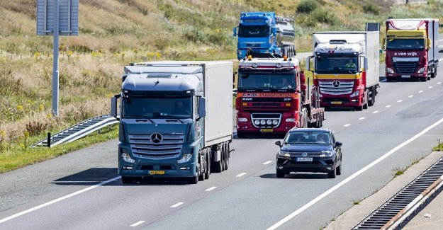 Dutch exports contracted in may, there is no improvement in sight