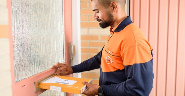Dutch to send more packages and fewer letters