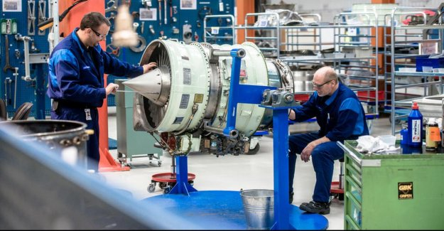 Reorganization, GKN, Fokker and bigger by the downturn in the aviation industry