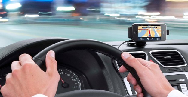 Sales, and TomTom plummet by 41 per cent due to coronacrisis