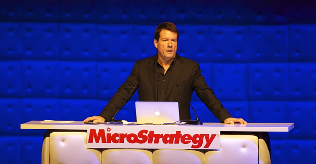 MicroStrategy Buys the Dip, Adds $10M to Bitcoin Treasury