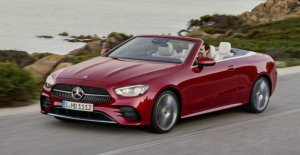 Changed the look for the Mercedes-benz E-Class Coupe and Cabriolet
