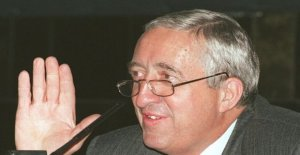 Jacques Calvet, the former head of the automotive group PSA, is dead at age 88
