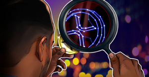 Who is bullish now? XRP under $1, futures open interest by 75 percent