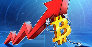 Bitcoin suffers the second-longest bull markets drawdown, with BTC's price stuck at $30K